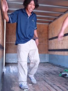 ~トラックの荷台、修理の~巻~①