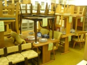 食卓テーブルセット、大量入荷、販売中!!