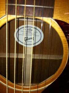 Gibson アコースティック J-45その3