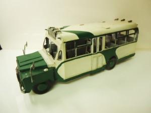 ♪♪~レトロチックなバス~♪♪