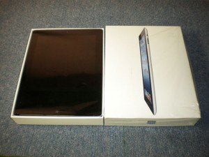 第3世代iPad入荷~!