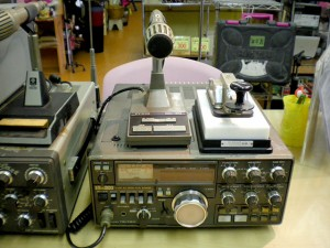 無線機と電鍵