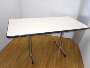 【お買得商品情報!】ミーティングテーブルが入荷しましたよ~♪