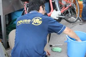 自転車も丁寧にお掃除いたします!