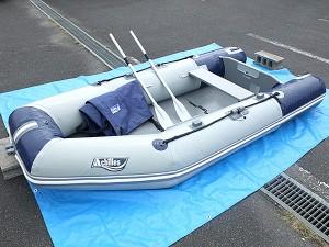ゴムボートで船釣り始めよう♪ACHILLESのパワーボート入荷!