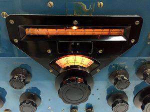 受信機 R-388 安立電気