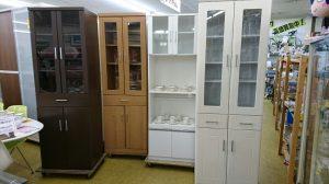 ♪大人気!!省スペースキッチンにぴったりな食器棚