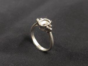 この指輪(18K)は本物?それともニセモノ?